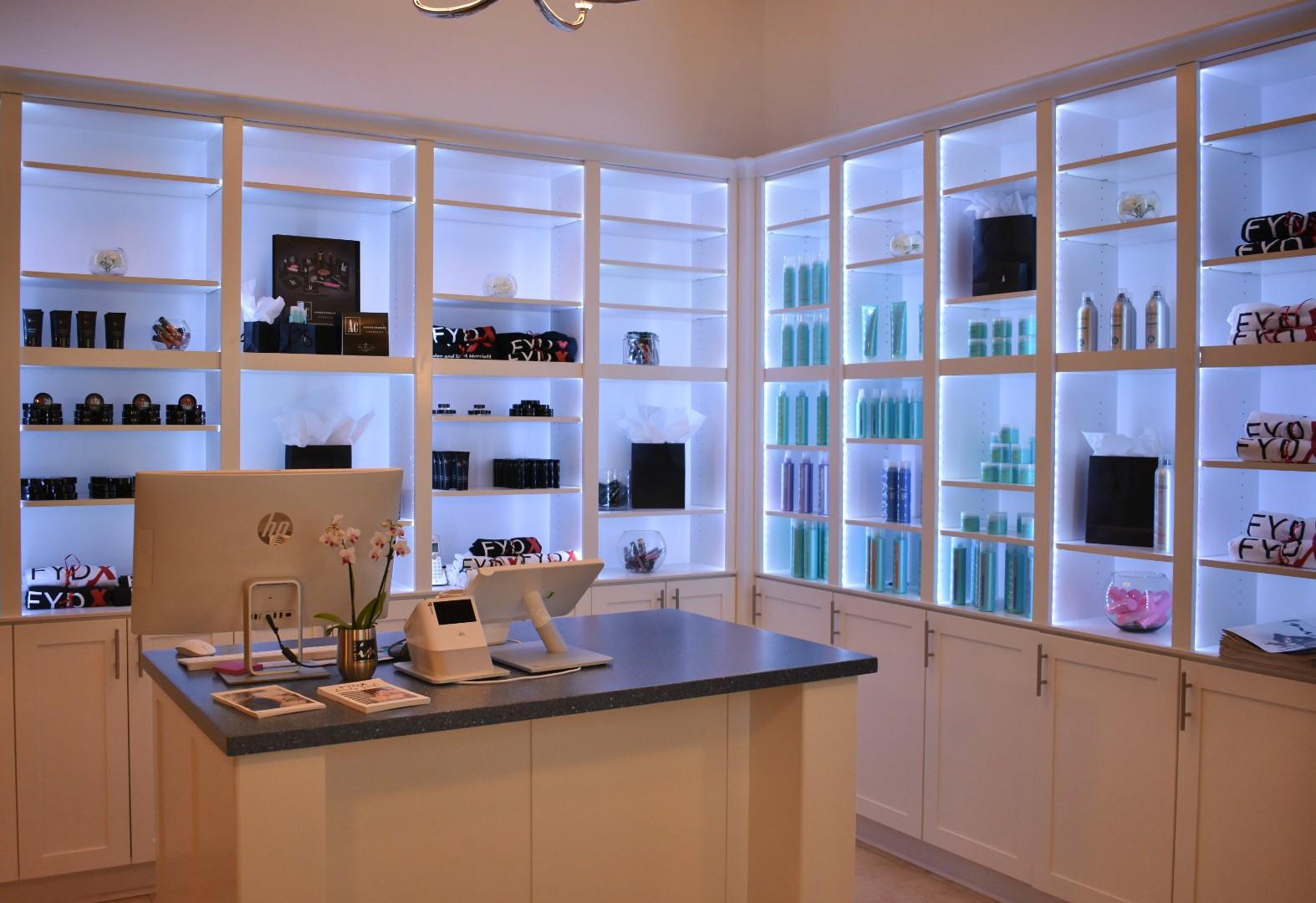 CP&W Cabinets Salon 3